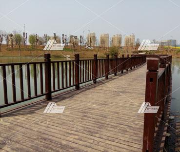 枝江四季港公园栈桥扶手